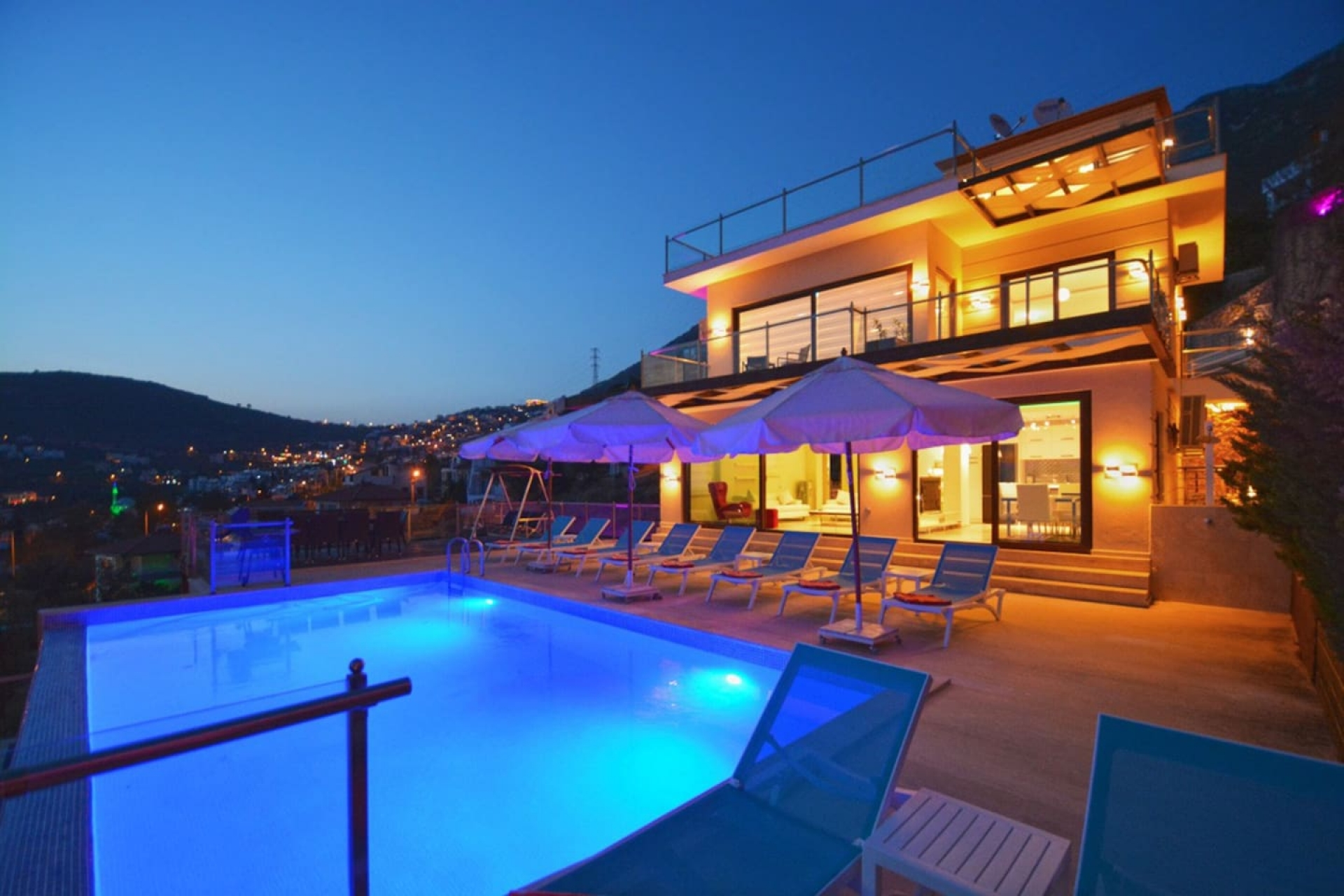 Kalkan Kızıltaş'ta Satılık Villa