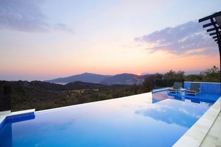 Kalkan Kördere'de Eşyalı Satılık Villa