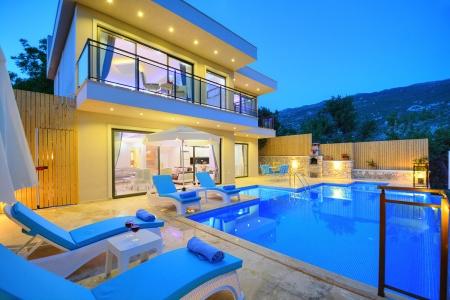 Kalkan İslamlar Köyü'nde Satılık Villa