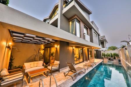 Fethiye Akarca'da Merkezi Konumda  3+1 Satılık Villa